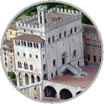 tra i consigli per una gita scolastica in Umbria non può mancare una visita a Gubbio