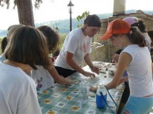 scuola di pizzaioli durante i soggiorni estivi del kinderheim Aquilone